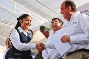 Elogia Gobernador Rubén Moreira (3)