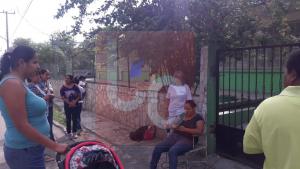 Toman padres de familia escuela en Múzquiz (1)
