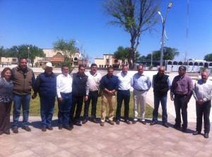 Funcionarios municipales, estatales y miembros de la OCV y la CANACO recibieron al Secretario de Turismo en Acuña.